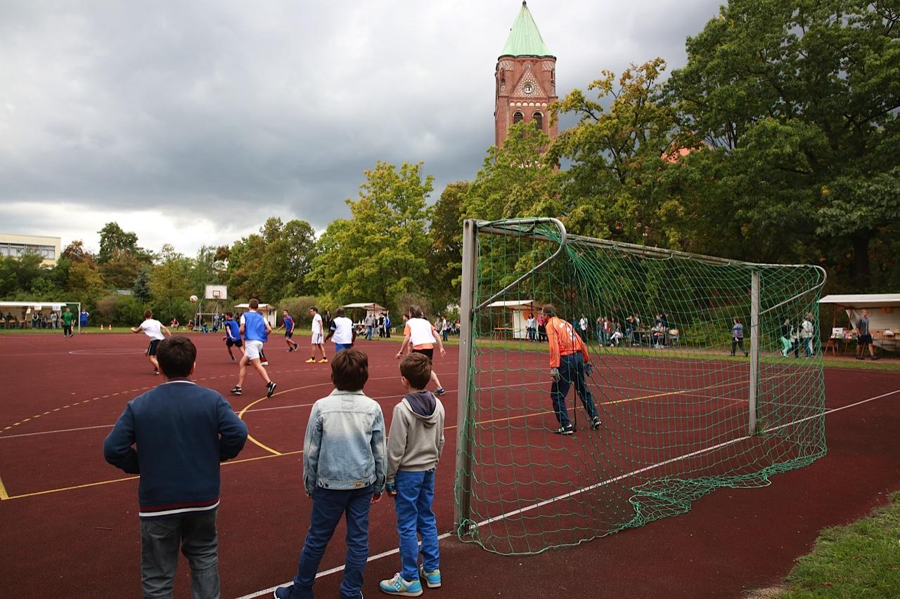 http://www.steingymnasium.de/wp-content/uploads/2015/09/FX5A3132.jpg