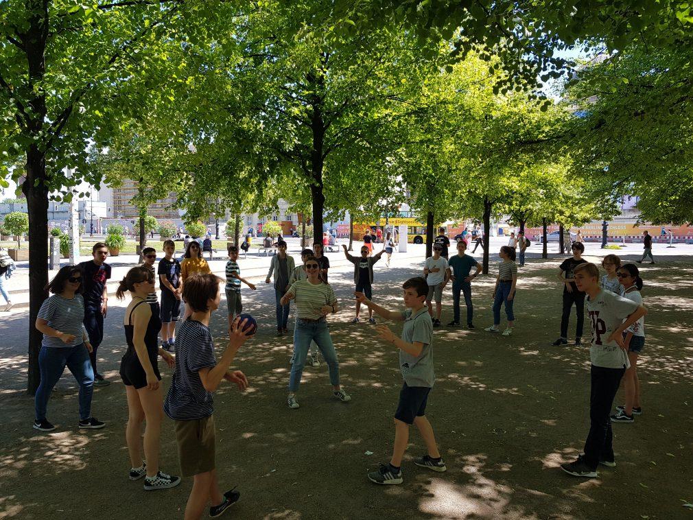 http://www.steingymnasium.de/wp-content/uploads/2018/06/Austausch-2018-Lustgarten-e1528781826837.jpg