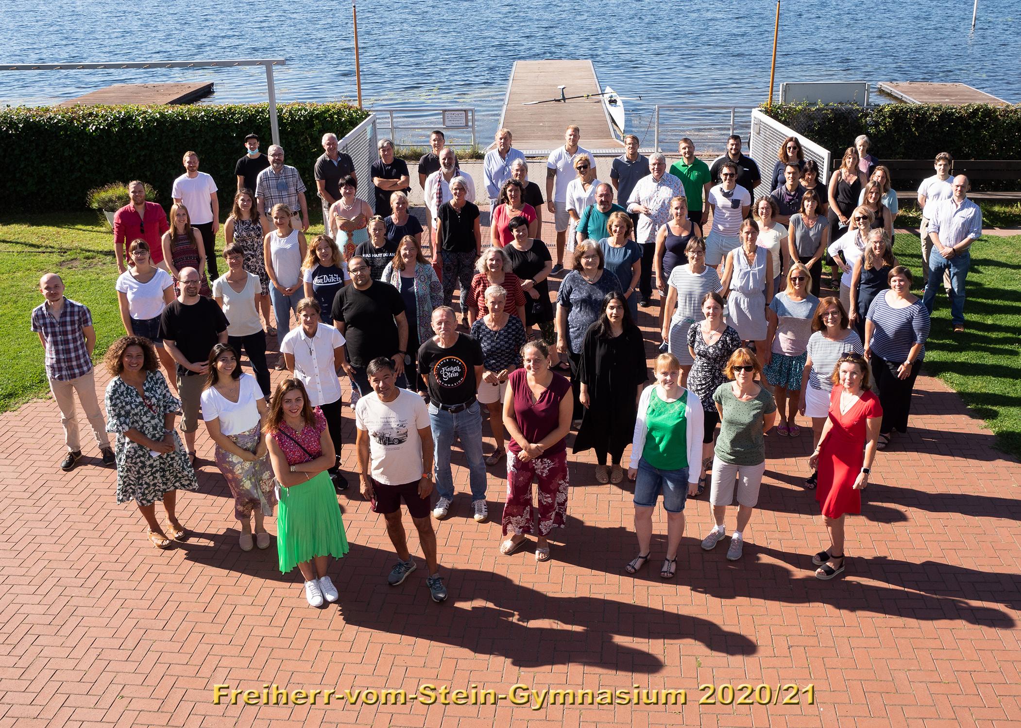 http://www.steingymnasium.de/wp-content/uploads/2020/09/Kollegium-gesamt-2.jpg