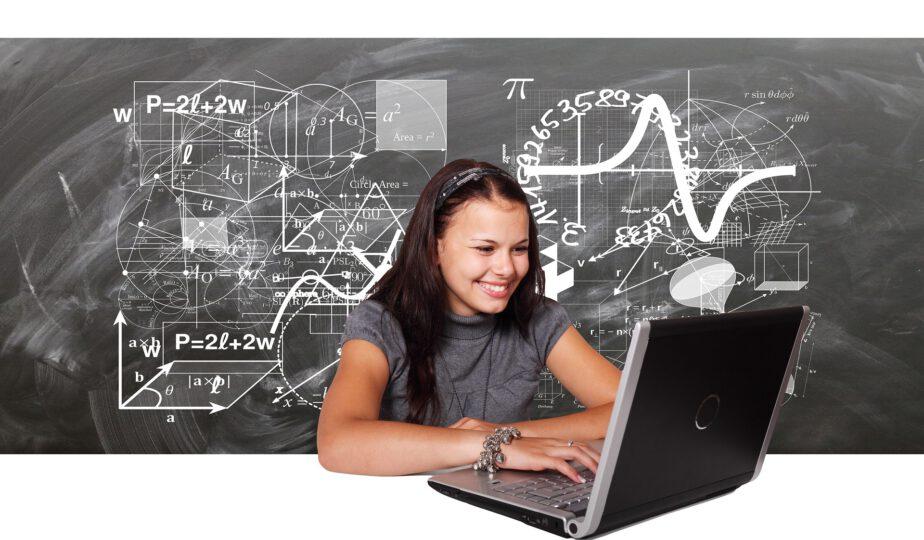 Mathe, Laptop, Schülerin
